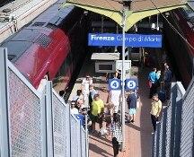 Caos treni. Atto di sabotaggio blocca ferrovie. Fs: dalle 15 garantito il 100% tra Roma e Firenze