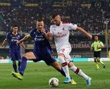 Serie A, Milan di misura a Verona e con tanta apprensione. Piatek su rigore decide l'1-0