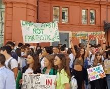 Sciopero globale contro cambiamenti climatici: in piazza la generazione che vuole cambiare il mondo