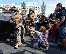 Cile nel caos, esercito in strada e coprifuoco: come ai tempi di Pinochet