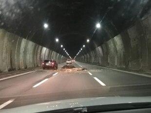 Genova: giù calcinacci da volta galleria, riaperto nella notte tratto in A26 - Rai News