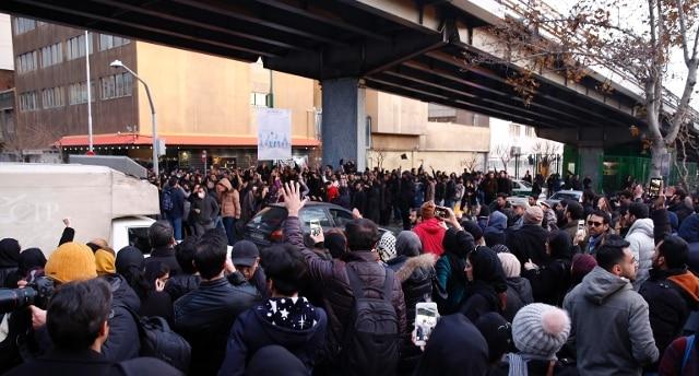 Iran, altissima tensione: dispiegate forze antisommossa - Rai News