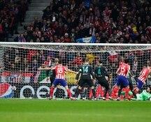 Al tappeto Liverpool e Psg, festa per Atlético e Dortmund